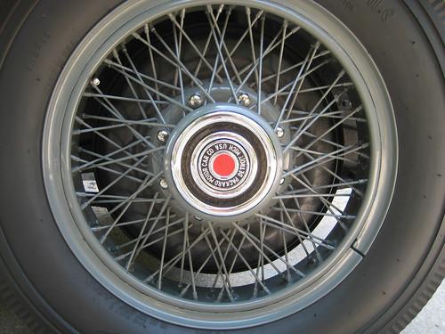 1929 Packard 8 626 Sedan wheel
