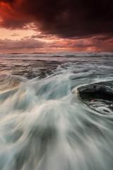 Smooth Sunrise | Wombarra Beach, NSW (Taha Elraaid) Tags: water beautiful sunrise canon photography high movement smooth australia nsw tides taha wollongong illawarra الشمس thegong طه canoneos5dmarkiii wombarrabeach elraaid الرعيض tahaphotography tahaelraaid