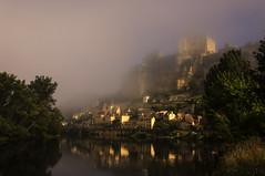 Beynac (@lain G) Tags: france dordogne rivire prigord chateau brouillard brume beynac aquitaine prigordnoir