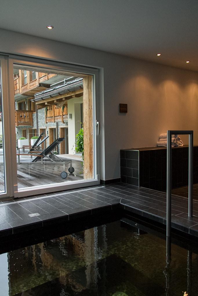 Design hotel matthiol in zermatt switzerland for Design hotel zermatt
