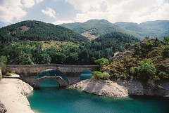 Lago Di San Domenico (Federico Raviele) Tags: wild film nature bike analog nikon fuji kodak