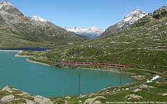 Bernina Express / 16.07.16 (Schumny) Tags: bernina pass express swiss schweiz alpen berge alps graubnden landscape rhb rhtische bahn schmalspurbahn
