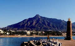 Sierra Blanca (camus agp) Tags: mar mediterraneo playas sierra sierrablanca marbella artesmarciales costa puertos
