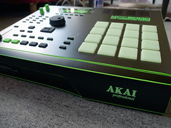 _0040205 (ghostinmpc) Tags: akai mpc2000 ghostinmpc custommpc 16pads