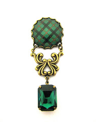 Ancient Romance Series - Scottish Tartans Collection - Kincaid Ornate Filigree Brooch with Large Emerald Glass Gem