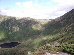 018 - Parc national de la Gaspsie : Mont Xalibu (Arfphandal Forfal Forphan) Tags: trip qubec gaspsie forest tree arbre fort nature water eau park landscape