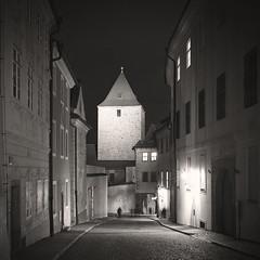 Black Tower (Vesa Pihanurmi) Tags: theblacktower černávěž lobkowiczpalace lobkowiczkýpalác pražskýhrad night prague praha monochrome road streetphotography hradčany castle praguecastle