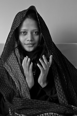 The Contemporary Mona Lisa ! (Anoop Negi) Tags: portrait india girl photography for photo shimla media image photos contemporary delhi indian bangalore creative young lisa mona images best afghan po mumbai bnw aditi enactment thakur solan photosof mashobra imagesof jjournalism