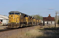 MPRSS at Oxford (Philip_Martin) Tags: 2 chicago up wisconsin big mac adams pacific sub union north line oxford western depot standard wi subdivision 8078 sd9043mac