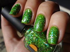 Fresh + Disc Jockey 02 (Vivi Kermeci) Tags: verde glitter fresh orly unhas discjockey esmalte topcoat daretowear 5cinco baseglitter