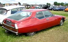Citroen SM Maserati rouge (gueguette80 ... non voyant pour une dure indte) Tags: old red cars rouge juin citroen sm autos maserati 2012 picardie somme anciennes redcars franaises quivieres