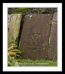 Pirates Grave (donegalblaze) Tags: river historic walls derry siege ulster walled foyle cityside doire maidencity londonder
