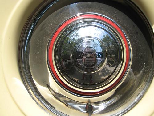 1933 Auburn 851 Cabriolet rear wheel