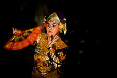 Legong dancer. Ubud, Bali. (Matt Paish 2013) Tags: bali color colour girl face indonesia dance costume dancing traditional culture indonesi indonesien  indonsie legongdance indonezja indoneesia    indnesa  indonzija indonezio indoneziya indonisa
