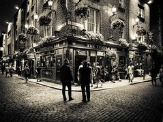 "The Temple Bar, Dublin at night • <a style=""font-size:0.8em;"" href=""http://www.flickr.com/photos/44919156@N00/7504224264/"" target=""_blank"">View on Flickr</a>"
