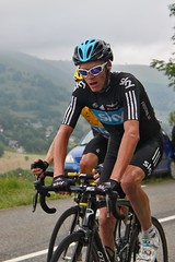 Christopher Froome (GBr) Sky Procycling (sjaradona) Tags: sky mountain france sports berg sport race canon de cycling team tour stage christopher july racing course pro frankrijk tourdefrance thursday col fietsen 19th wedstrijd 2012 fiets bycicle koers gbr wielrennen ronde radfahren cyclisme procycling protour peyresourde peyragudes bagnèresdeluchon coldepeyresourde img4873 rondevanfrankrijk froome