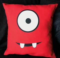Almohadn Muno (Lady Krizia) Tags: tv pillow vinilo animacion gabba wilwarin muno estampado almohadon termoestampado