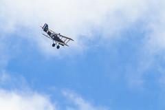 Great War Display Team - SE5a (markhortonphotography) Tags: plane display aviation wwi airshow worldwari farnborough biplane fokker triplane fokkerdr1 farnboroughinternational greatwardisplayteam fia16