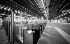deserted (Blende1.8) Tags: rotterdam metro station underground centraal deserted nooeople urban carstenheyer architecture architektur wideangle sony alpha ilce7m2 a7m2 a7ii voigtlnder 10mm heliarhyperwide lines linien perspective modern contemporary eingang entrance mono black white schwarz weiss interior indoor
