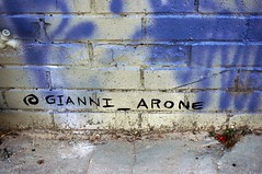 Signature of Gianni_Arone
