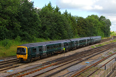 166204, Guildford, July 14th 2016 (Suburban_Jogger) Tags: 166204 class166 firstgreatwestern gwr greatwesternrailway brel networker reading redhill railway train railroad dieselmultipleunit guildford surrey july 2016 summer canon 60d 24105mm vehicle