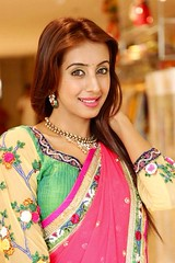 South Actress SANJJANAA Photos Set-4 (5)