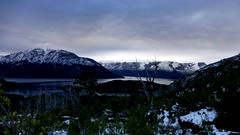There are days better than others... / Hay das mejores que otros (Pajaro Post) Tags: patagonia parquenacionalnahuelhuapi paraso snowwwwwwwwwwww clouds nubes mascardi falsogranitico