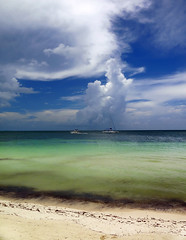 Clouds over Cayo Blanco (Robyn Hooz) Tags: playa cayo blanco white sand sabbia green verde cuba nuvole clouds mare sea blue blu vacanza holiday