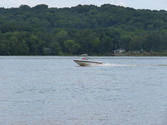 Boating on the Mississippi River (JJP in CRW) Tags: iowa leclaire mississippiriver boats