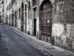 Via del Moro (sladkij11) Tags: firenze street strada bw biancoenero blackandwhite olympus epm1 zuiko35mmf2