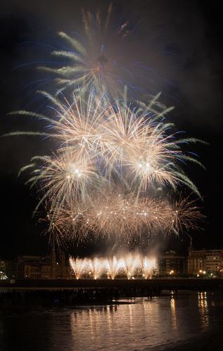 Ultima toma Fotos Fuegos Donosti 18-08-2016