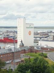 Hafenregion - von oben, vom Wasserturm aus gesehen; Esbjerg, Dnemark (81) (Chironius) Tags: esberg dnemark esbjerg denmark danmark industrie nordsee meer see northsea mardelnorte maredelnord merdunord