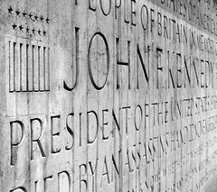 Kennedy Memorial (psi~) Tags: blackandwhite bw monument stone memorial samsung surrey jfk psi kennedy johnfkennedy thursdaywalk utata:color=black utata:description=hide wb550 utata:project=tw313