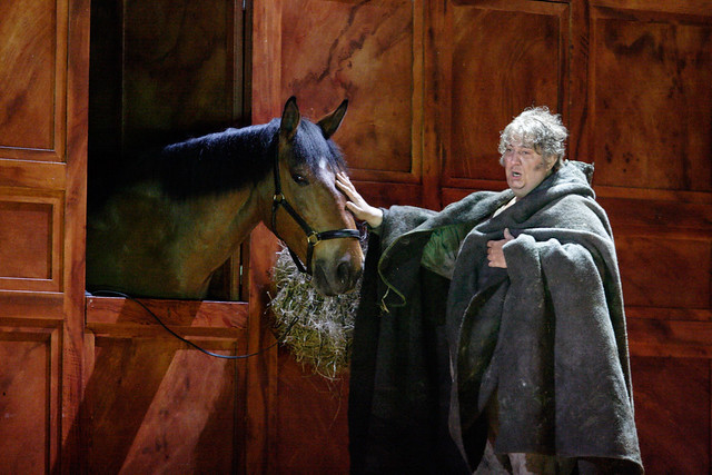 Rupert the horse and Ambrogio Maestri as Falstaff © Catherine Ashmore/ROH 2012