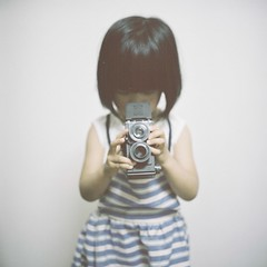 *little photographer (fangchun15) Tags: tlr film rolleiflex kid fujifilm  anri 28f pro400h