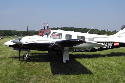 Seneca V am Flugplatz Stockerau