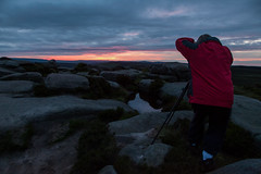 Shooting Stanage Sunset (ROB KNIGHT photography) Tags: derbyshire peakdistrict location learning workshops tutorials stannageedge robknight canoneos5dmkii axeman3uk robknightphotography canon24105mmeflseries wwwrkphotographiccom rkphotographic 1to1workshop