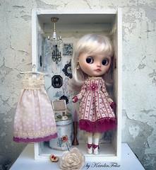 Eclair & her tiny diorama- new custom