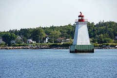 DSC01148 - Sandy Point Lighthouse (archer10 (Dennis) (66M Views)) Tags: lighthouse canada boats harbour sony ships free crib dennis jarvis loyalist shelburne iamcanadian sandypoint freepicture dennisjarvis archer10 dennisgjarvis wbnawcnns nex7 18200diiiivc