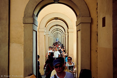 deeper and deeper (Pawel Trybulski) Tags: people italy arc tourists ponte arcs italians vecchio reperition d40 pawt