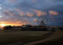 Lonesome Day (plot19) Tags: blackpool lonesome fair big wheel sony rx100 england english north northwest northern now uk britain sunset sunrise landscape plot19 photography night