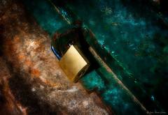Closed (JosMara_photography) Tags: candados padlock objetos