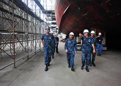 160816-N-XF387-115 (CTF 76) Tags: ussblueridge usnavy yokosuka ctf76 admiral srf edsra shiptour japan