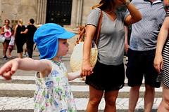 Portugal 2016 (pieroemme) Tags: child art people potraiture portogallo portugal flikr fuji fujifilm beauty hat turchese europe emotion gesture human streetphotograpy street streetlife