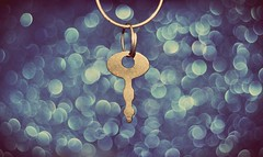 Don't give up normally the last key on the ring opens the door... (Ayeshadows) Tags: key bokeh ring rusty silver
