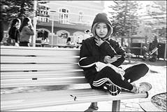 Manly Beach, Sydney  #226 (lynnb's snaps) Tags: apx100 agfa rodinal rollei35s bw film street 2016 35mm 40mm zeiss40mmf28sonnar upgradetofilm v700 blackandwhite blackwhite bianconero noiretblanc monochrome schwarzweis biancoenero 黒と白 bianconegro analogue analog lynnburdekinphotography 35mmfilm ©copyrightlynnburdekinallrightsreserved