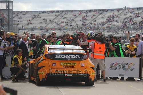 Gordon Shedden takes the win at Rockingham, August 2016