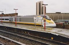 373232 Vauxhall 3/6/1995 (Martin Coles) Tags: trains train rail railways railway eurostar class373 vauxhall 373232 3232