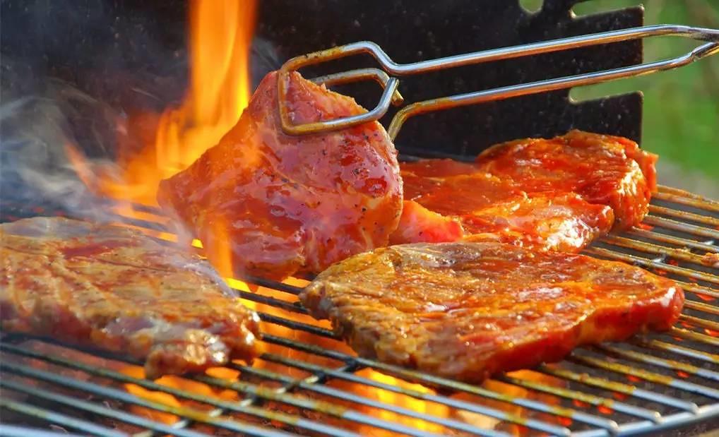 Bò tái kiến đốt