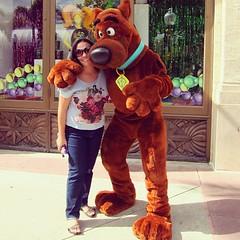 Scoobydoooo! (jtaveira) Tags: vacation usa valencia square orlando florida eua squareformat universal ferias scoobdoo iphoneography instagramapp uploaded:by=instagram